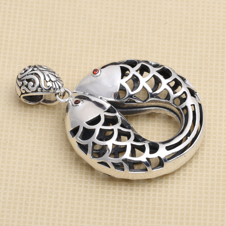 Manufacturers Wholesale S925 Sterling Silver Jewelry Retro Thai Silver Large Female Models Hollow Fish PendantManufacturers Wholesale S925 Sterling Silver Jewelry Retro Thai Silver Large Female Models Hollow Fish Pendant