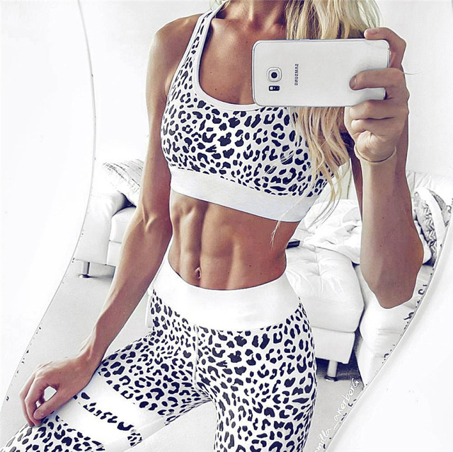 Crop Tank Top And Legging Pants 2 Pieces Set Summer Fashion Ladies Sexy Workout Leopard Printed Tracksuit