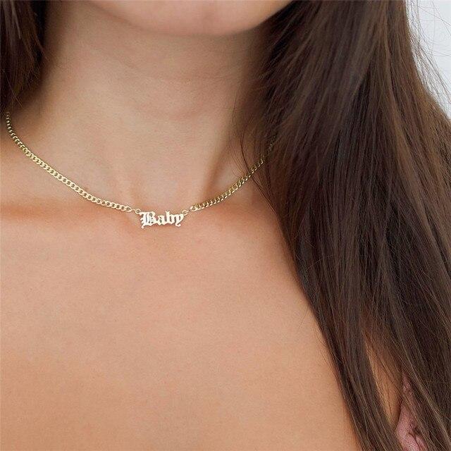 Personnalisé personnalisé vieux anglais plaque signalétique collier pour femmes or argent couleur acier inoxydable chaîne tour de cou femme nom collier