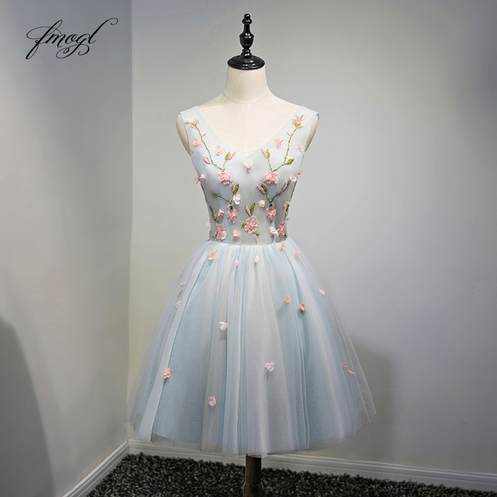 Fmogl Sexy V Neck Flowers Knee Length   Cocktail     Dresses   2018 Beaded Embroidery Special Occasion   Dress   Short   Dress   For Party