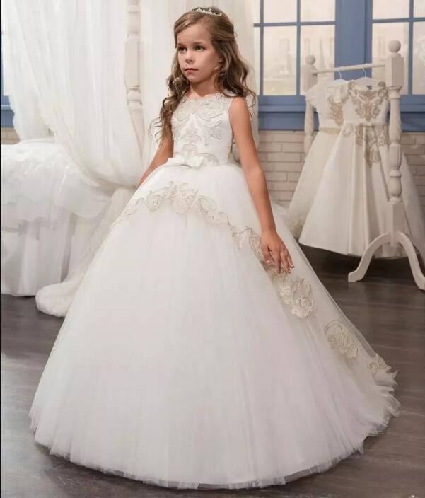 Customized New Flower Girl Dresses Beaded Lace First Communion Dress for Girls Bow Sash Ball Gown Princess Gowns 2018 purple v neck bow pearls flower lace baby girls dresses for wedding beading sash first communion dress girl prom party gown