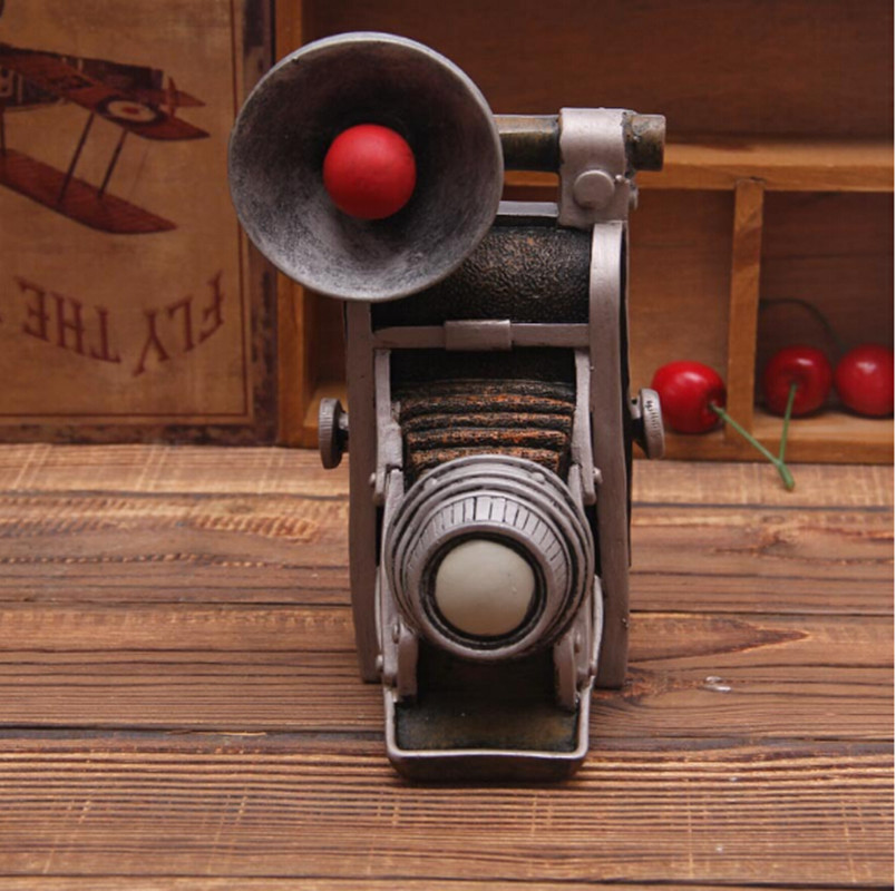 European Style Countryside Vintage Home Decor Old Camera Model Resin Crafts Coin Storer For Home Bar