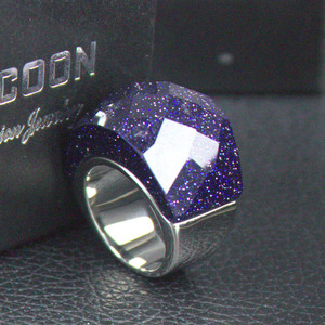 LYCOON quality fashion luxury purple sparkling jewelry women ring stainless steel shiny polish crystal cut rings for party(China)