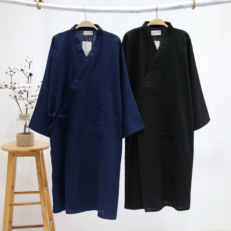 New Men's Cotton Yarn Sleeping Gown Thin Summer Cotton Kimono Bathrobe Mens Robes Long Bath Robe Loose Leisure Nightgown