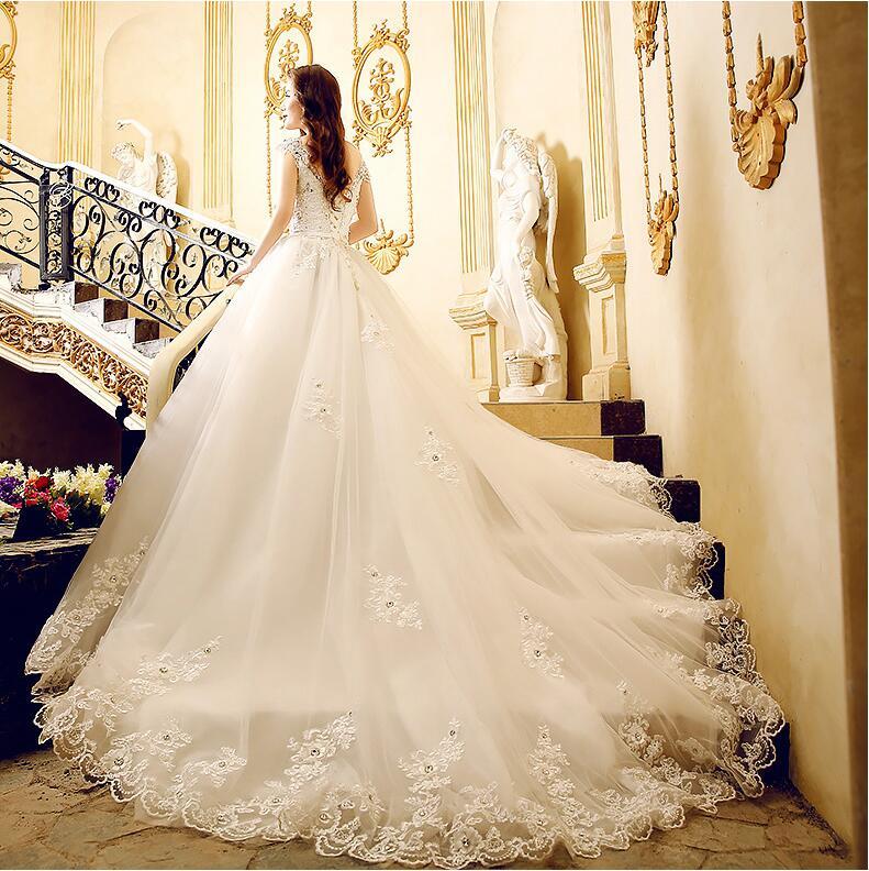 Wedding Dresses Ball Gown Corset: Sexy Luxury Wedding Dress Beaded Crystal Lace Wedding