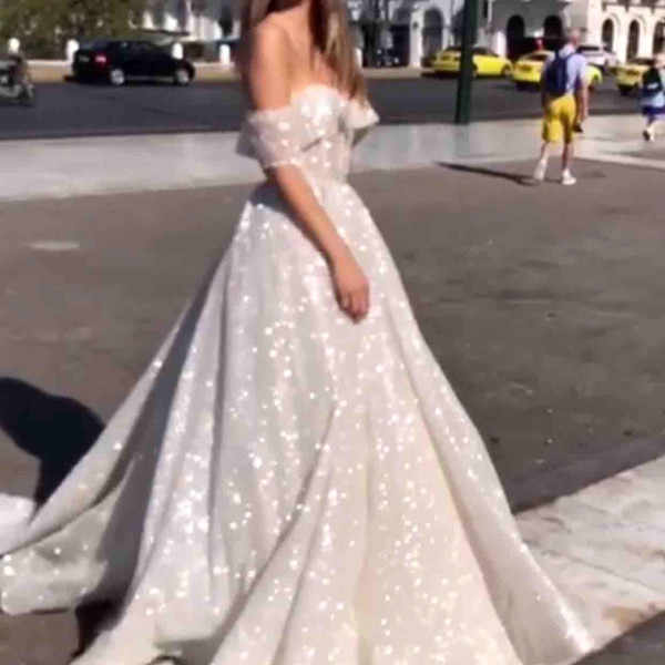 2019 Sparkly Sequined Arabic Wedding Dresses Glitter Glued Off The