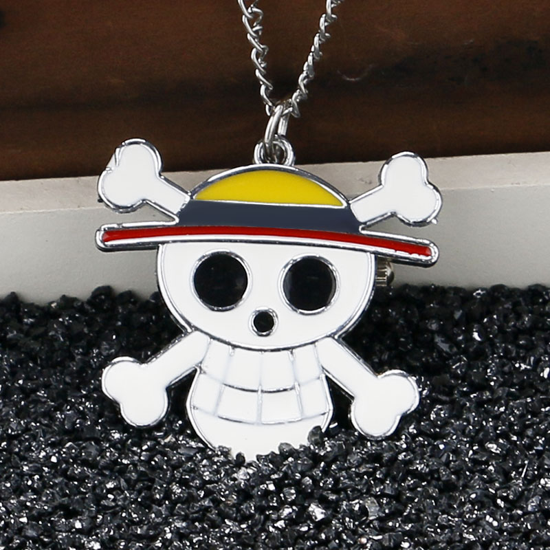 2017 Hot Cool One Piece Anime Necklace Pocket Watch Clock Cosplay Skull Cross Bone Alloy Chain Children Kid Gift