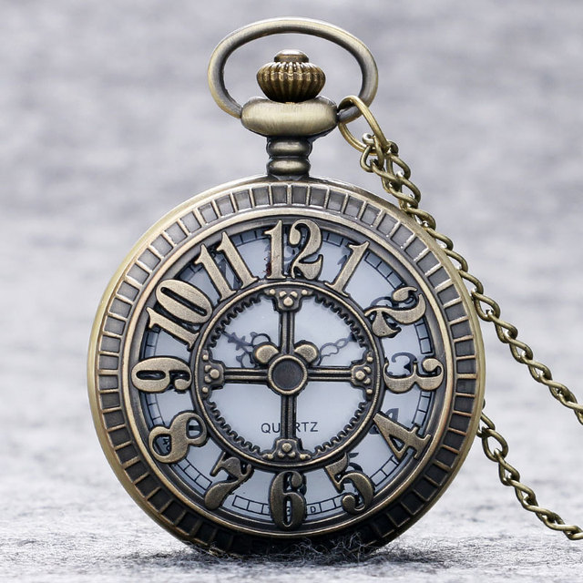 Fashion Number Hollow Quartz Pocket Watch Necklace Pendant Women Men P203
