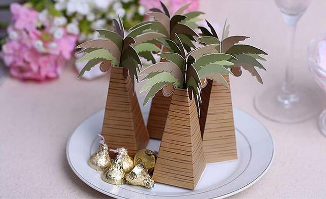 100pcs/lot Wedding Favor Coconut Palm Tree Box Baby Shower Souvenirs DIY Wedding Palm Candy Box for Wedding Decoration