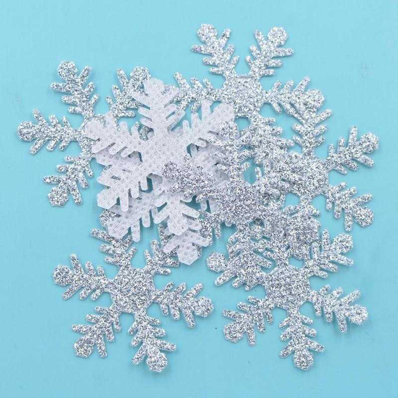 1PC~CHRISTMAS HOLIDAY GOLD SNOW FLAKE~IRON ON APPLIQUE