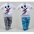 Mickey Mouse Roupas Terno Do Bebê Moda Meninos Crianças Esporte Terno Camisola + Calça de Duas Peças Set Criança T-Shirt Das Meninas Camisa Terno algodão