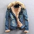 2017 invierno ripped denim jean capa de la chaqueta hombres clothing hombres Chaqueta ocasional Outwear Con Cuello de Piel de Lana Ropa Gruesa Plus tamaño