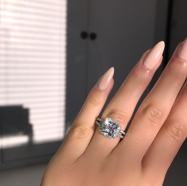 Sexy Lady ring 925 Sterling silver 2ct AAAAA Cubic Zirconia Engagement Wedding Band Rings for women Bridal Jewelry Gift