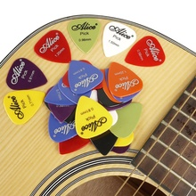 цена на 100pcs Guitar Picks Classical Folk Acoustic Guitars Accessories Musical Instruments Abs Plastic Resin Safe Guitar Picks
