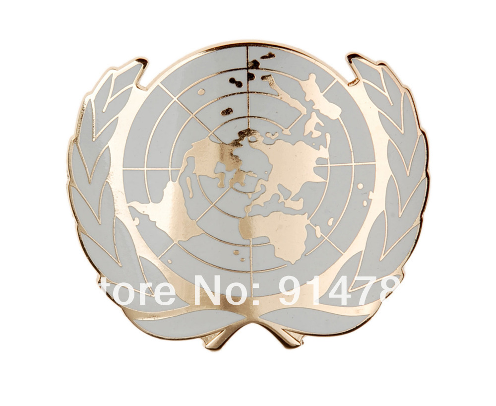 UN UNITED NATIONS METAL BERET CAP METAL PIN BADGE GOLD-33949