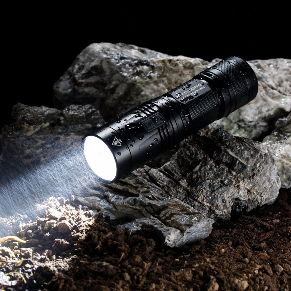 SALE NITECORE R40 FlashLight 1000 Lumen XP-L HI LED White Light Rechargeable Battery Gear Outdoor Search Hand Lamp FREE SHIPPING