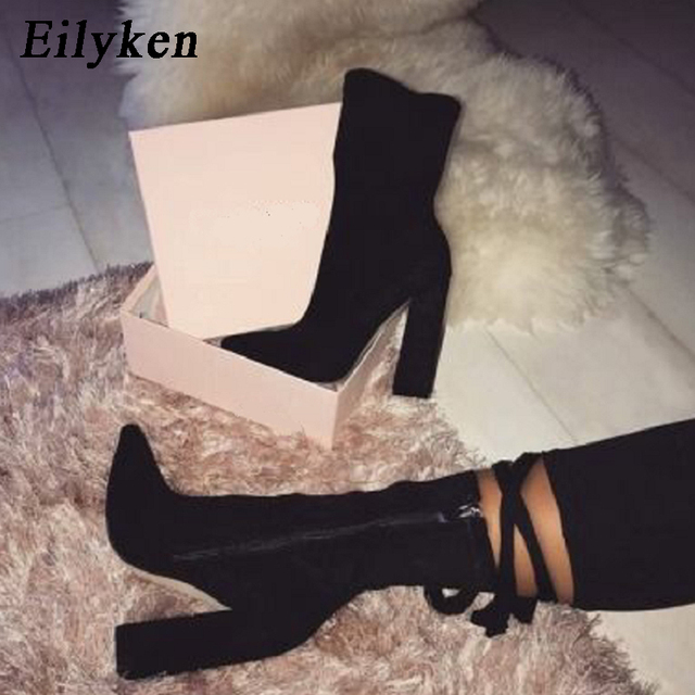 Eilyken 2019 nuevas botas de tobillo Flock para mujer para Otoño Invierno moda de Punta puntiaguda de tacón con cremallera Mujer Chelsea botas talla grande 35-42