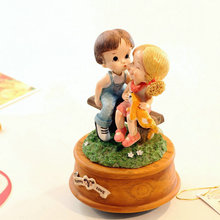 Rotating music box birthday wedding Christmas gift girlfriend gifts for friend and home decoration free shipping