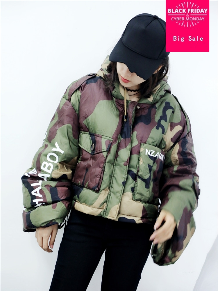 Winter 90% natural fur duck   down   Camouflage printed hooded   down     coat   female plus size loose style short warm   down     coat   wq337