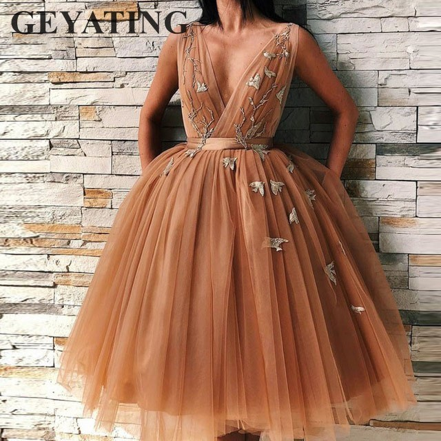 Vintage Tea Length Orange Short Cocktail Dresses 2019 Deep V-neck Lace Appliques Tulle Prom Evening Gowns Plus Size Party Dress