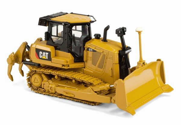 1/50 DieCast Model Norscot Caterpillar Cat D7E Track-Type Tractor #55224 Construction vehicles toy norscot 1 50 siecast model caterpillar cat ap655d asphalt paver 55227 construction vehicles toy