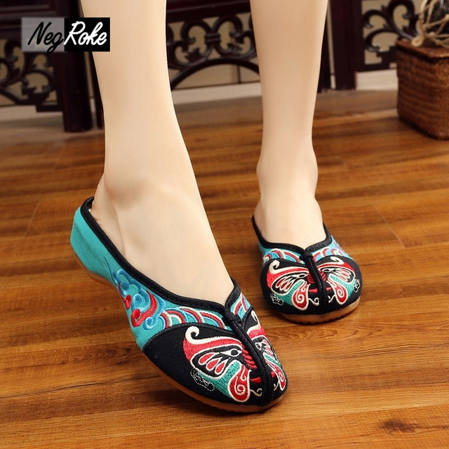 2017 Summer Chinese indoor home Slippers women shoes Peking Opera embroidery sandals women Casual shoes mujer slides zapatillas