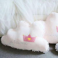 Romantic Cloud Shape Plush Cartoon Pillow Creative Sofa Decoration Baby's Sleeping Soft Stuffed Animals Nature Gift Plush Pillow