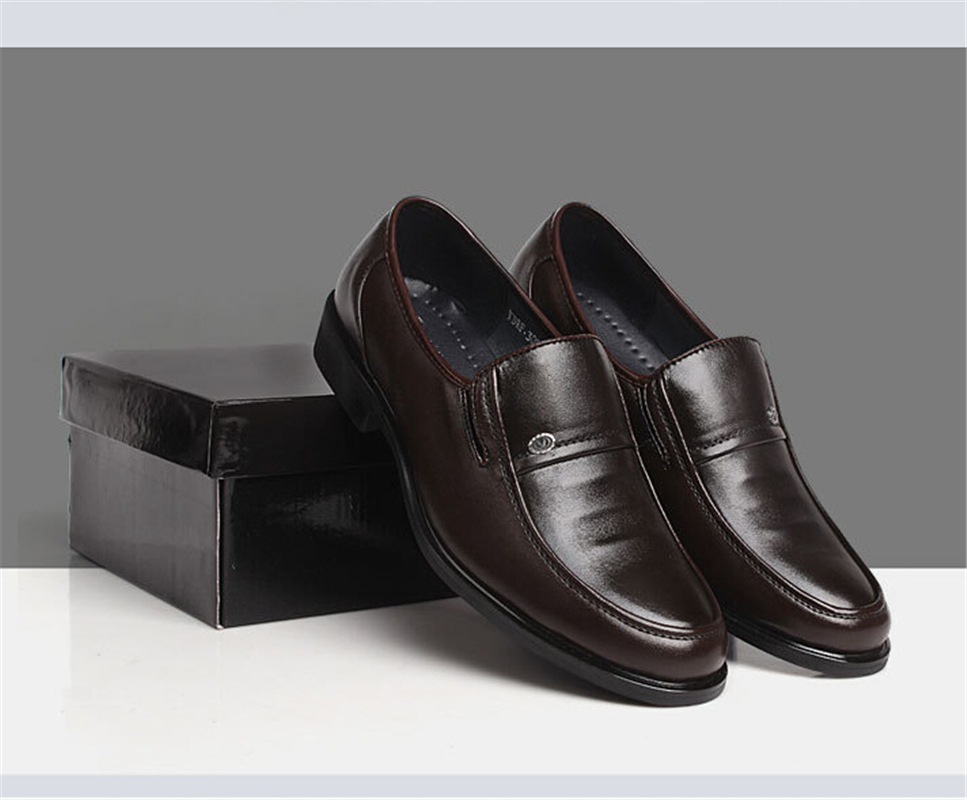 Best quality Leather shoes Men Flats shoes Soft and Breathable men Loafers  Mens Dress Shoes Wedding Oxford shoes 2 Color-in Women s Flats from Shoes on  ... ae3095892e41