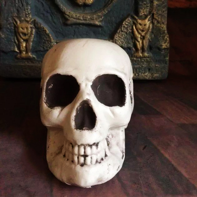 Plastic skeleton head halloween decor prop human skull decoration plastic skeleton head halloween decor prop human skull decoration bones statue horror tamper toys bar ghost ccuart Images