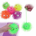 New Smile Face Puffer Ball With Flashing Light Throw Squeeze Spiky Massage Funny Toy Children Kids Toy Gifts Light Up Toys