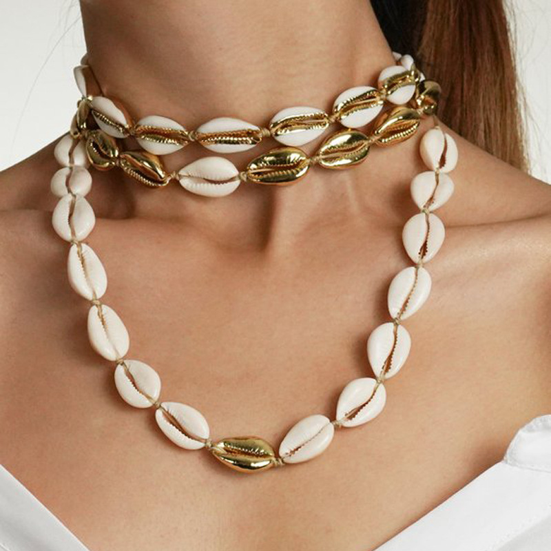 Fashion White Natural Cowrie Shell Choker Necklace for Women Metal Shell Pendant Necklace Statement Collier Gold Color Jewelry Top