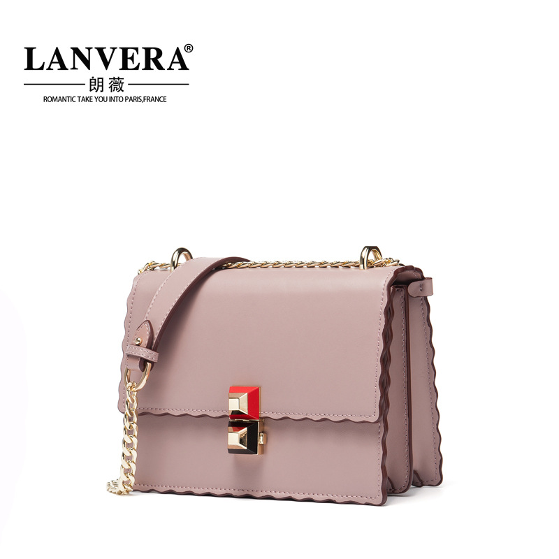 The first layer of leather Lang Wei new style metal chain shoulder bag a small leather bag on behalf of the first layer of leather diamond chain bag 2017 new lang wei korean women shoulder messenger bag on behalf of a small