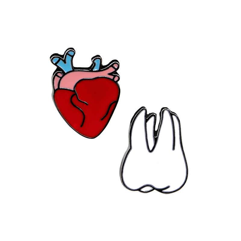 Kualitas Tinggi Kreatif Kartun Bros Jantung, Gigi, Dada Fashion Lencana Perhiasan teman Baik Hadiah Bros Grosir