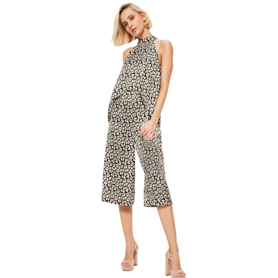8088eddff892 Women Vintage Jumpsuits Summer Wide Leg Pants Romper Floral Sexy Bandage  Jumpsuit Short Tuta Cropped Overalls For Women 50L007-in Jumpsuits from  Women s ...