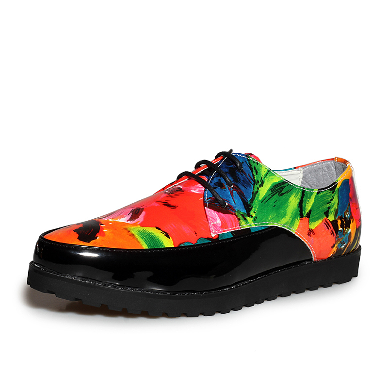 mens the colored flat platform man shoes mixed colors vamp beach leisure shoes dazzled British style fashion boys graffiti print