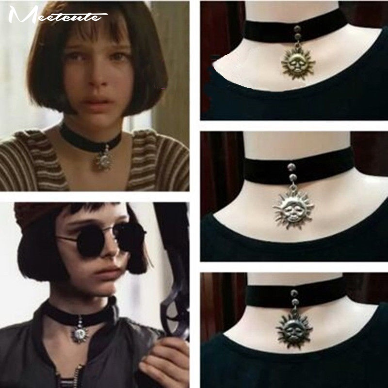 Meetcute Movie Matilda Gothic Punk Style Sun & Moon Pendent Black Velvet Ribbon Choker Halsband för Kvinna Metal Alloy Tattoo Gift