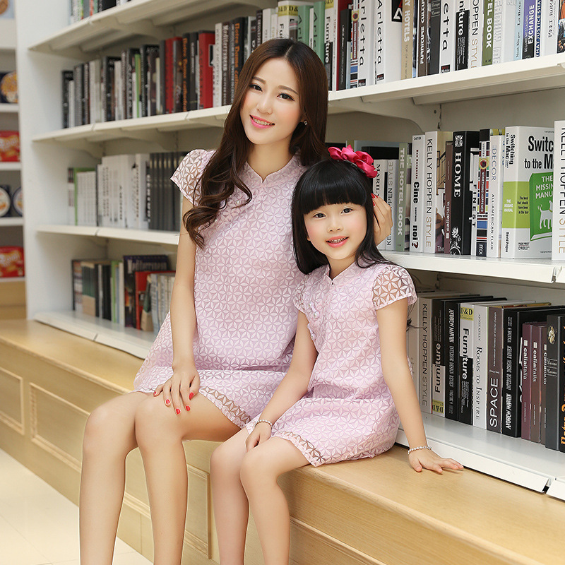 2016 Summer style Family fitted with the dress embroidered mother daughter fashion matching dresses sets hot wholesale