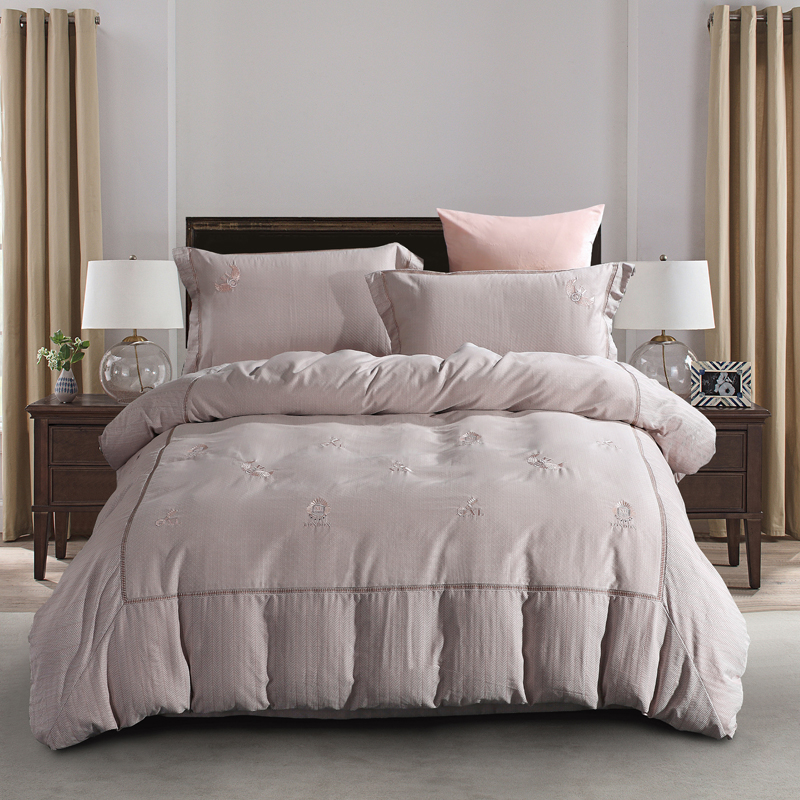 High Quality Cotton Yarn Dyed Fabric Embroidered Bedding Set Queen King Size Duvet Cover Bed Sheets Pillowcase Simple DesignHigh Quality Cotton Yarn Dyed Fabric Embroidered Bedding Set Queen King Size Duvet Cover Bed Sheets Pillowcase Simple Design