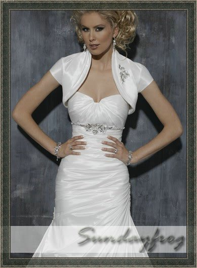 Free Shipping Sundayfrog A Line Sweetheart Taffeta Beaded Ruched Diamond White Bolero Jacket Wedding Dress