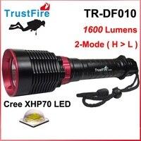 Işıklar ve Aydınlatma'ten LED Fenerler'de 2019 TrustFire TR DF010 Lanterna Cree XHP70 1600 lümen dalış LED el feneri siyah (2x26650 pil)