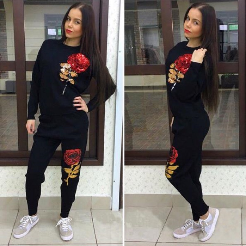 2017 New Arrival Suits For Women 3D Rose Flower Sequin Womens Tracksuits Hooded Sweatshirt 2 piece