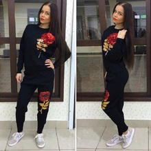 2017 New Arrival Suits For Women 3D Rose Flower Sequin Womens Tracksuits Hooded Sweatshirt 2 piece set