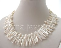 Beautiful 18 32mm White FW Pearl Necklace GP Clasp Free Shippment