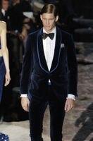2018 חתונה אופנה גברים מעצב חדשים צפצף המעיל האחרון חתני ערב טוקסידו חליפה ירוקה כחול כהה קטיפה מעיל בלייזר צפצף