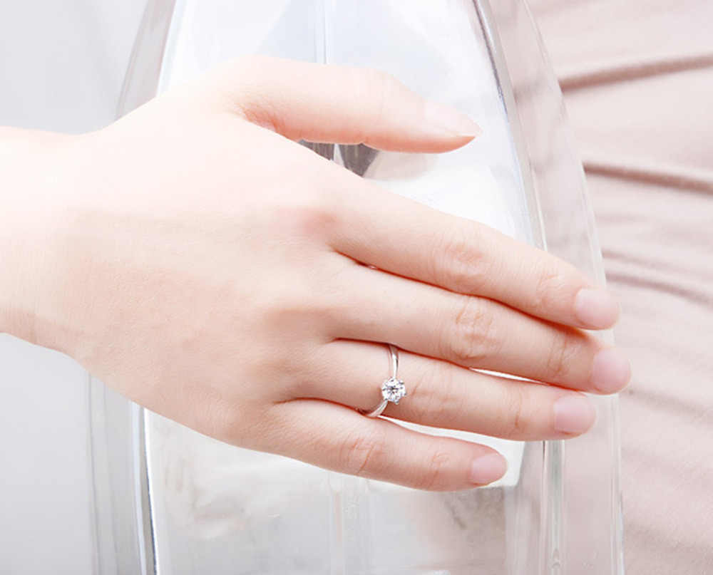 2017New Large Simulated Crystal Rings Women Sliver Color Engagement Alliance USA Size
