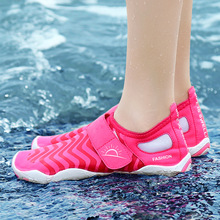 Summer Outdoor Water Shoes Women Breathable Beach Light Sport Sneakers Upstream Barefoot Big Size 35-46