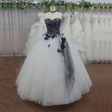 White and Black Gothic Wedding Dresses Flower Lace Tulle Floor Length Princess Bridal Gowns robe de mariage Fast Shipping