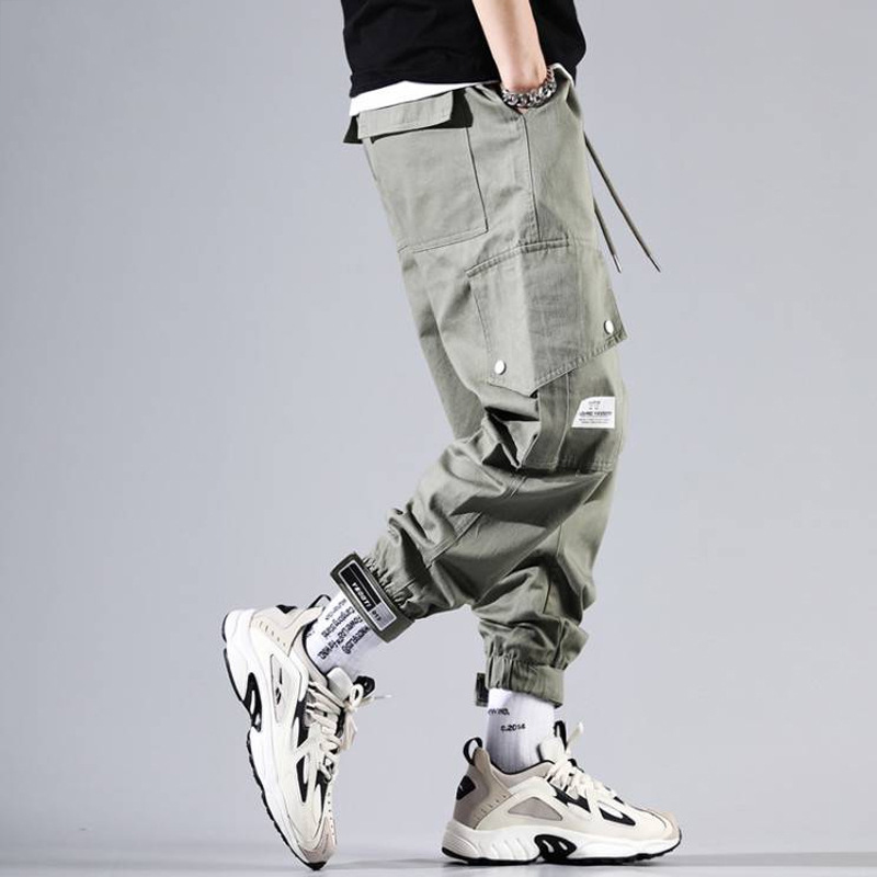 Fashion Streetwear Men Jeans Loose Fit Big Pocket Cargo Pants Men Harem Trousers Slack Bottom Designer Hip Hop Joggers Pants