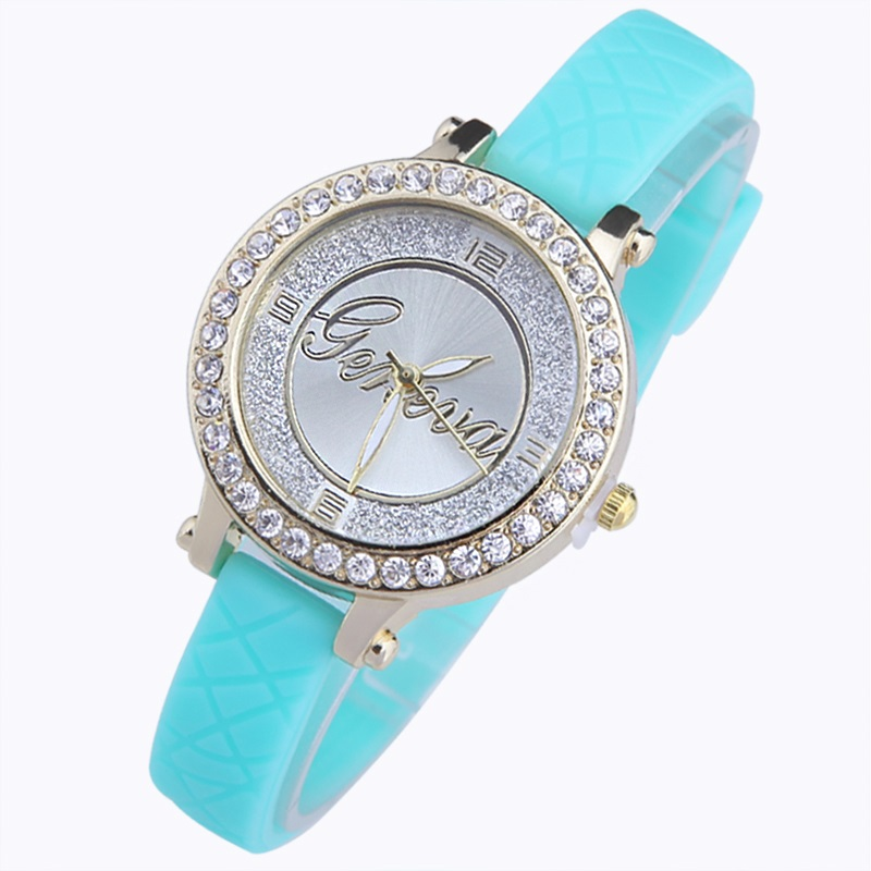 Gnova Platinum small women watch golden dial Silicone Strap Quartz Wristwatch fashion girl clock Geneva style Rhinestone Crystal