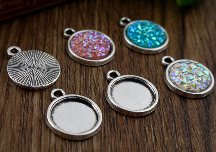 20pcs 12mm Inner Size Antique Silver Simple Style Cabochon Base Cameo Setting Charms Pendant (A2-22)